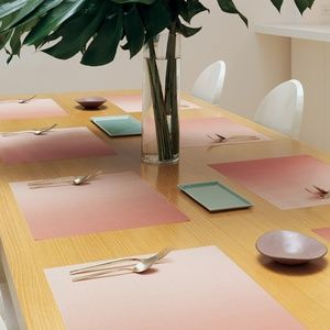 chilewich pink glow ombre place mats set of two